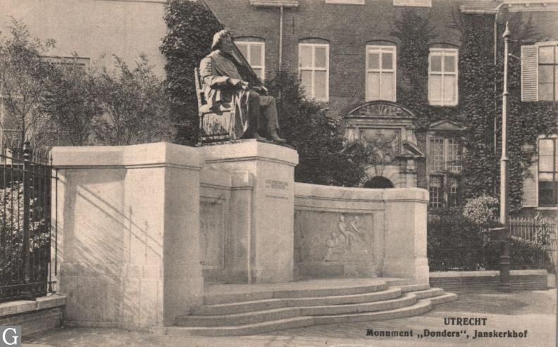 Ansichtkaart monument FC Donders, Janskerkhof Utrecht